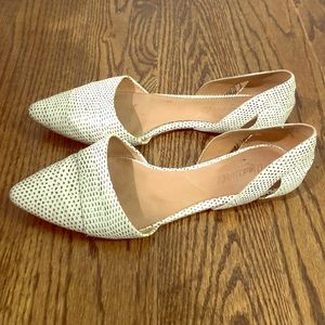 Madewell White snakeskin pointy toe flats